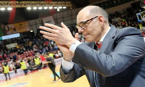 Basket domenica scontro per i play off tra Brindisi e Varese