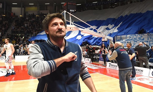 Basket:partono  domani  i play off con le prime due partite a Sassari
